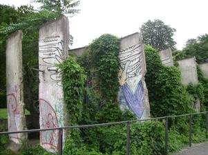 Berlin: die Mauer verschwindet...